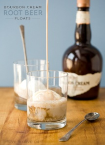 bourbon-cream-root-beer-floats